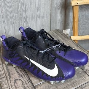 Nike Alpha Menace Pro Mid Football Cleats NWOT 16